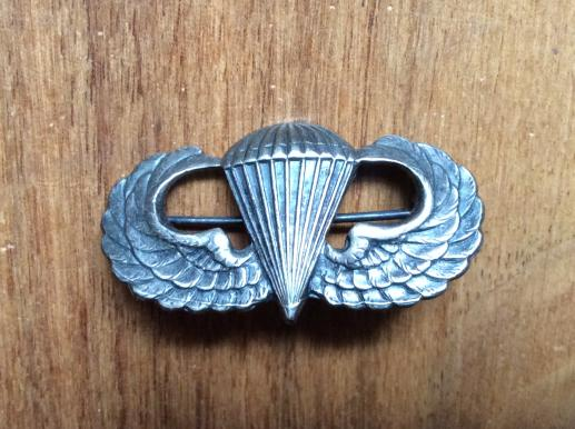 WW2 U.S Army Paratroopers qualification Breast wing